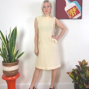 Vintage mod 50s 60s cream shift dress S/M